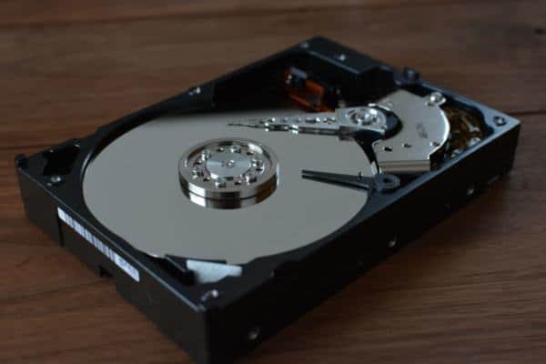 No deseches tu viejo disco duro, conviértelo en un disco duro externo y dale un tiempo más de vida y conviertelo en uno nuevo
